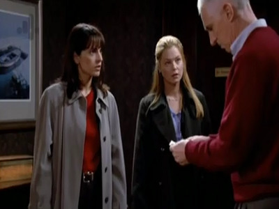 NYPD Blue - 10x19 Meet the Grandparents