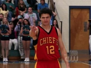 One Tree Hill - 06x22 Show Me How To Live