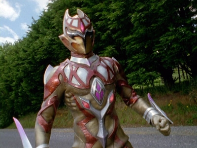 Power Rangers - 12x08 Golden Boy