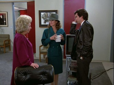 Remington Steele - 04x21 Steele Alive and Kicking