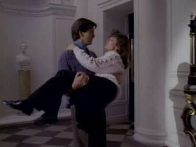Remington Steele - 05x06 Steeled With a Kiss (2) Screenshot
