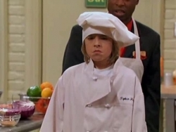 The Suite Life Of Zack And Cody Heck S Kitchen