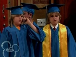 how many seasons of suite life of zack and cody