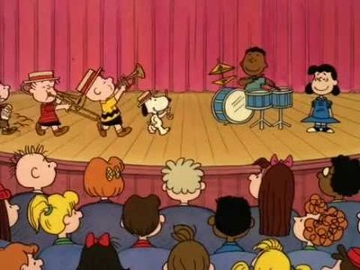 This Is America Charlie Brown - 01x08 The Music and Heroes of America Screenshot
