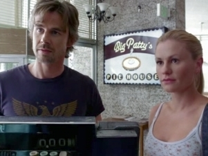 True Blood - 01x11 To Love Is to Bury