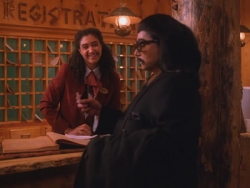 Twin Peaks - 02x04 Laura's Secret Diary