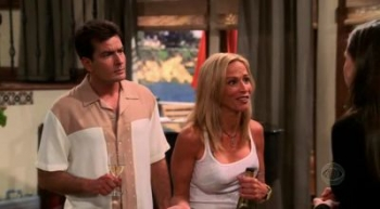 Two and a Half Men - 01x07 If They Do Go Either Way, They're Usually Fake