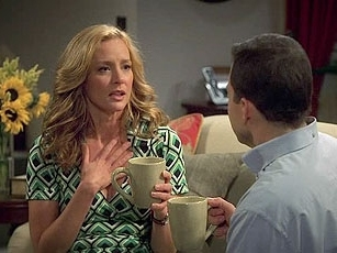 Two and a Half Men - 05x11 Meander To Your Dander
