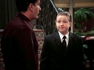 Two and a Half Men - 05x14 Winky-Dink Time