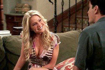 Two and a Half Men - 05x19 Waiting for the Right Snapper