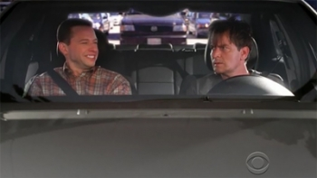 Two and a Half Men - 06x04 The Flavin' and the Mavin'