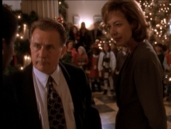 The West Wing - 01x10 In Excelsis Deo