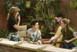 Wizards of Waverly Place - 02x20 Family Game Night