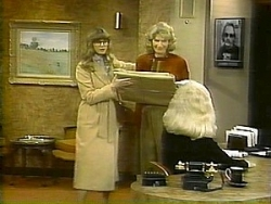 WKRP in Cincinnati - 04x18 Dear Liar