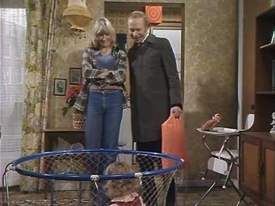 George and Mildred (UK) - 04x02 Days of Beer and Rosie