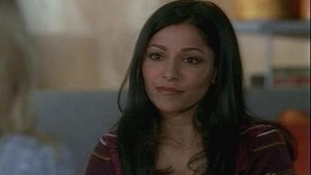 Miss Match - 01x11 Who's Sari Now? Screenshot