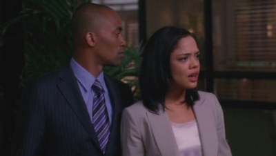Private Practice - 02x22 Yours, Mine and Ours