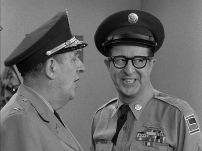 The Phil Silvers Show - 04x36 The Weekend Colonel Screenshot