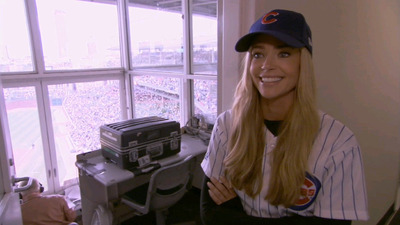 Denise Richards: It's Complicated - 02x08 Root for the Home Team Screenshot