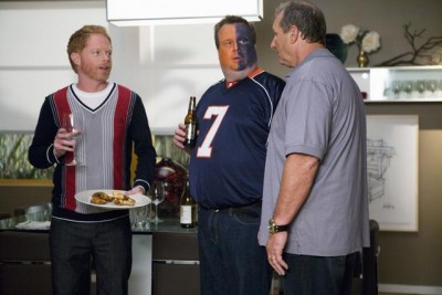 Modern Family - 01x05 Coal Digger