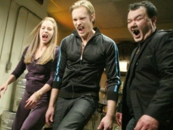 True Blood - 02x02 Keep This Party Going