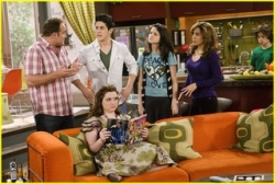 Wizards of Waverly Place - 02x30 Retest