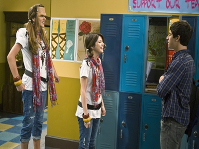 Wizards Of Waverly Place 03x01 Franken