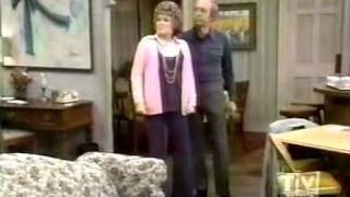 Maude - 02x22 The Investment