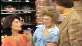 Maude - 04x15 The Case of the Broken Punch Bowl