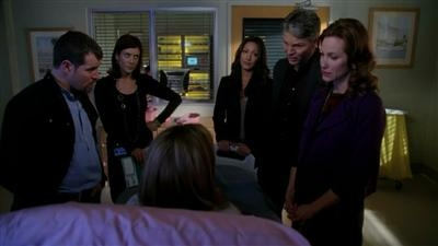 Private Practice - 03x17 Triangles