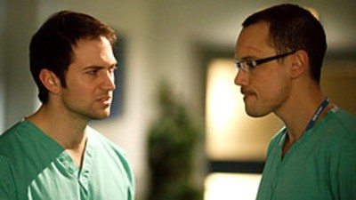 Holby City (UK) - 12x27 For the Greater Good