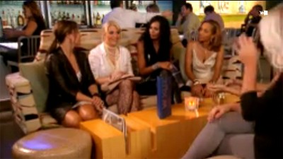 Football Wives - 01x08 The End Zone Screenshot
