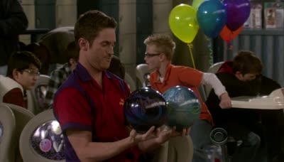 Rules of Engagement - 05x18 Anniversary Chicken