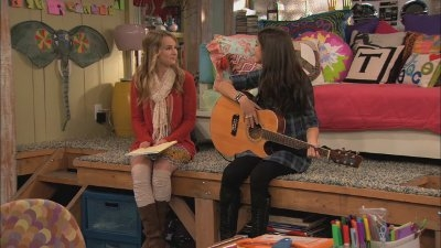 Good Luck Charlie - 02x07 Battle of the Bands