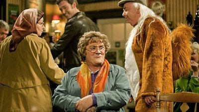 Mrs. Brown's Boys (IRL) - 01x06 Mammy's Miracle