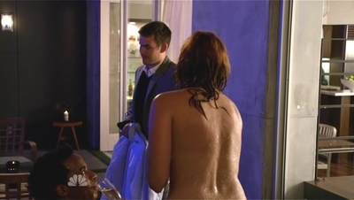 Friends With Benefits - 01x02 The Benefit of the Mute Button