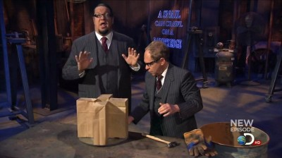 Penn & Teller: Tell a Lie - 01x06 You Can Crack a Safe With Liquid Nitrogen Screenshot