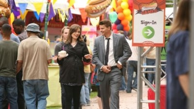 Bones - 07x02 The Hot Dog in the Competition