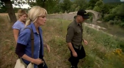 Joanna Lumley's Greek Odyssey (UK) - 01x04 Mount Olympus and Beyond Screenshot