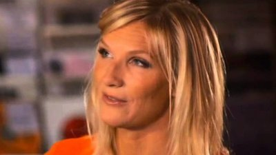 The Jo Whiley Music Show (UK) - 01x06 Episode 6 Screenshot