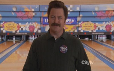 Parks and Recreation - 04x13 Bowling For Votes