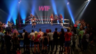 RuPaul's Drag Race - 04x02 WTF!: Wrestling's Trashiest Fighters