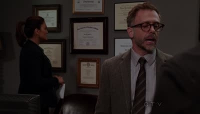 Law & Order: Special Victims Unit - 13x22 Strange Beauty
