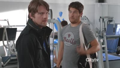 Happy Endings - 02x19 You Snooze, You Bruise