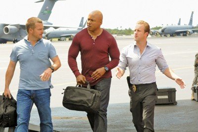 Hawaii Five-0 (2010) - 02x21 Pa Make Loa (Touch of Death) (1)
