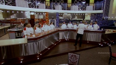 Hell's Kitchen - 10x04 15 Chefs Compete