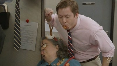 Workaholics - 03x05 Good Mourning