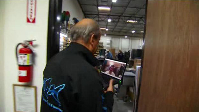 Tanked - 03x06 On the Road Again