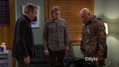 Last Man Standing - 02x07 Putting a Hit on Christmas