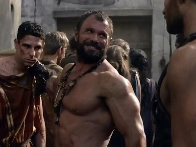 Spartacus: Blood and Sand - 03x03 Men Of Honor